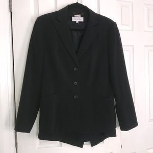 Calvin Klein - navy skirt suit